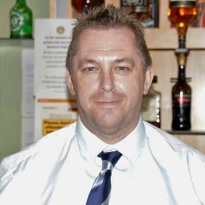 "<strong class=""sp-staff-role"">Bar and Events Manager</strong> Darren Maughan"