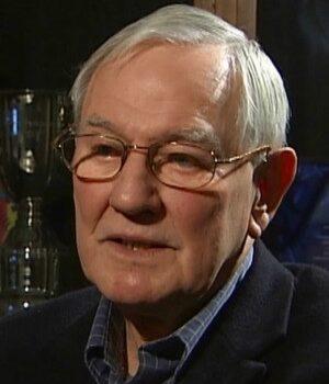Club legend Derek Lewin has passed away aged 88