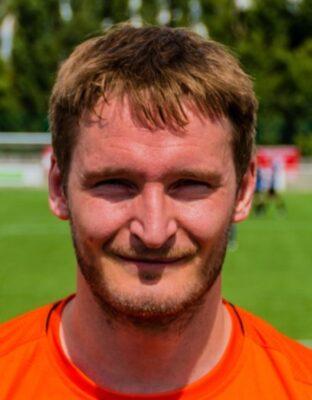 Club Signs Nick Liversedge