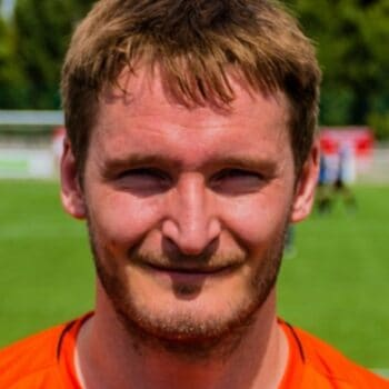 Club Signs Nick Liversedge